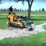 Mini Pala Vermeer S725TX in azione al lavoro