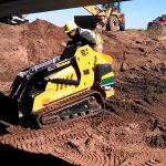 in cantiere S800TX Mini Pala Vermeer in azione